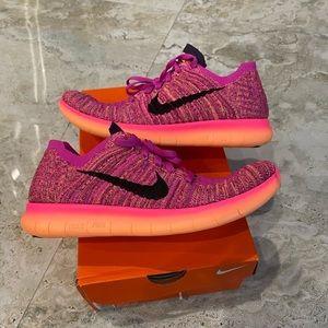 Nike Free Run RN Flyknit Size 7.5 = 6Y Pink/Purple